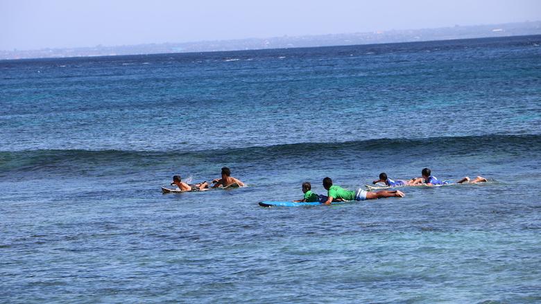 Surfen nusa lembongan