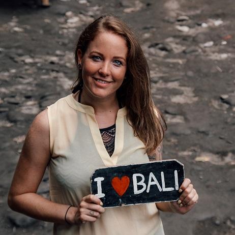 Blogger Laura Bali