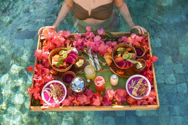 bali floating breakfast