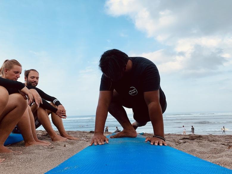 surflessen in canggu
