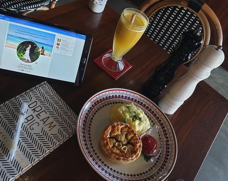 candidasa ontbijten tips